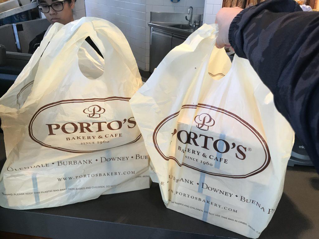 รีวิวร้าน Portos Bekery