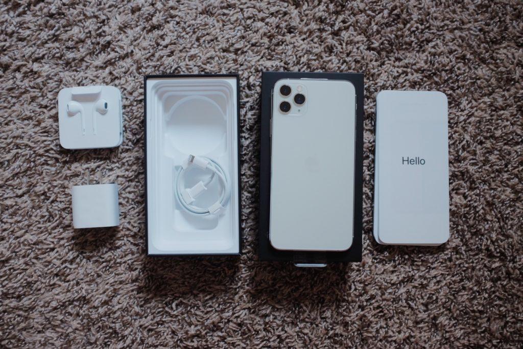 iphone 11 pro max สี silver